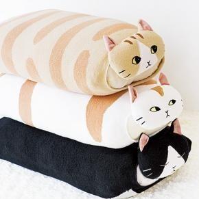 猫枕.jpg
