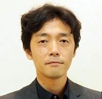 佐藤信介.jpg