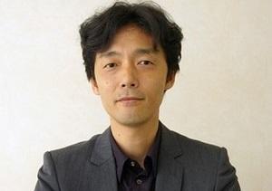 佐藤信介監督.jpg