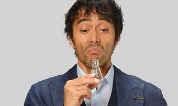 嗅覚検査官.jpg